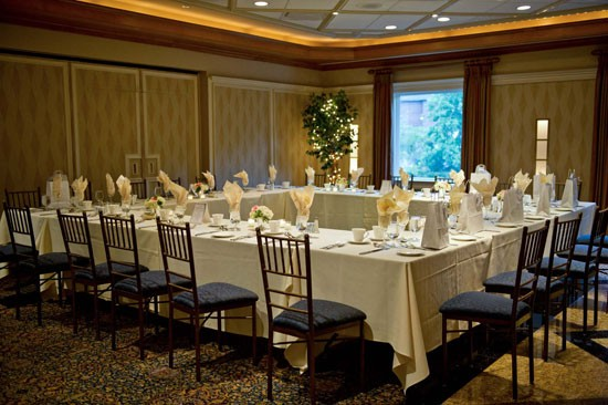 CORPORATE MEETINGS & EVENTS